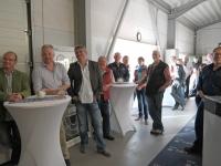 Interessierte Besucher bei der HKL Energieanlagen AG.